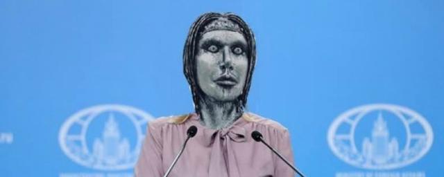 МИД РФ ответил Собчак на ее публикацию коллажа с Захаровой в соцсети