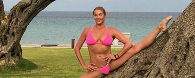 Картинки по запросу волочкова с матерью instagram