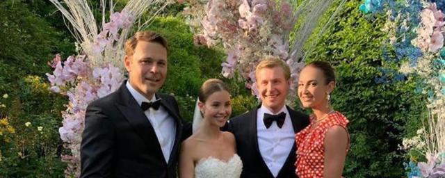 Ольга Бузова пришла на свадьбу в компании бывшего возлюбленного