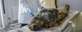 World's first mummy of pregnant woman is found