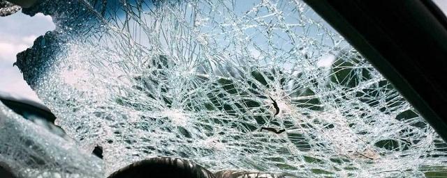 В массовом ДТП на Ракитовском шоссе в Самаре пострадал один человек