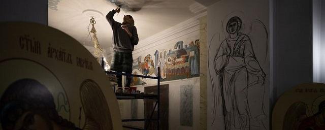 В Карабаше продолжается роспись храма Иоанна Златоуста
