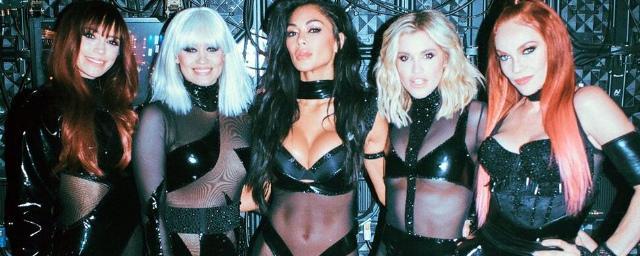 Воссоединение: The Pussycat Dolls вышли на сцену впервые за 10 лет