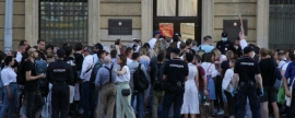 Citizens of Belarus organized protest in front of consulate in St. Petersburg