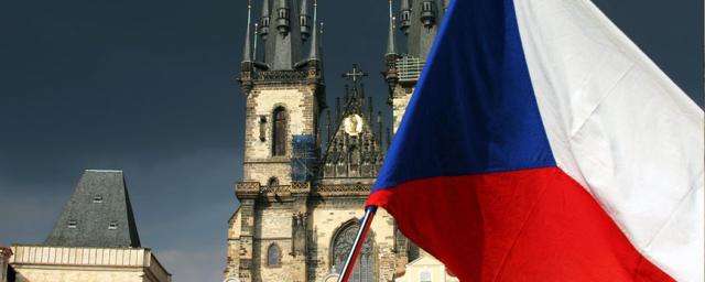 В Чехии и Словакии вводят режим ЧС из-за коронавируса
