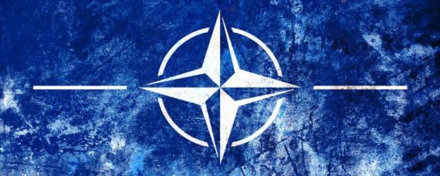 НАТО перебрасывает войска к границам России