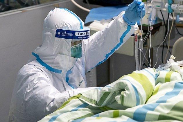 В Подмосковье спасли зараженного COVID-19 мужчину с поражением 90% легких