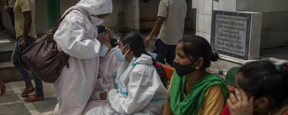 США предоставят помощь Индии на более $100 млн для борьбы с COVID-19