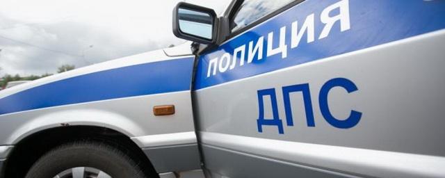 В центре Омска в ДТП с маршруткой пострадала 6-летняя девочка