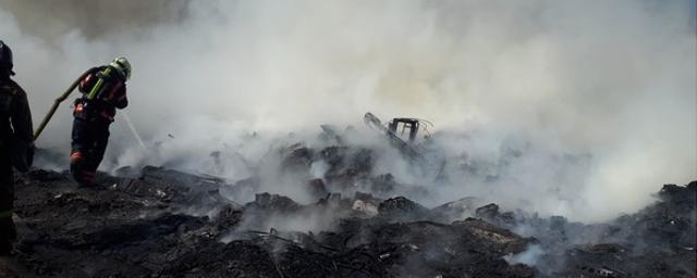 В Астрахани за раз сгорели 24 единицы транспорта