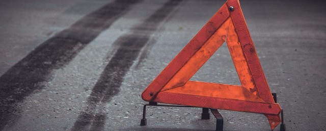 Под Волгоградом в массовом ДТП с фурой пострадали двое детей и трое взрослых
