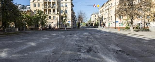 В Волгограде на репетиции парада Победы танки содрали асфальт