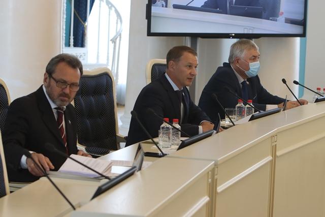 Депутаты областной Думы утвердили изменения в бюджет региона на 2020 год