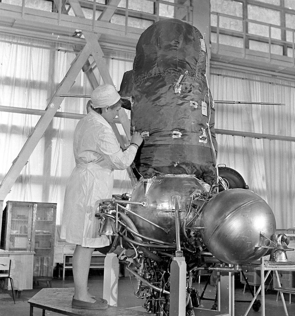 В 70-е СССР планировал построить на Луне исследовательскую базу