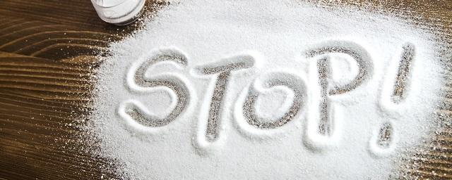 Медики: Избыток соли в пище приводит к неалкогольному ожирению печени