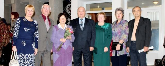 Гимназия №3 города Владимир принимает поздравления со столетием
