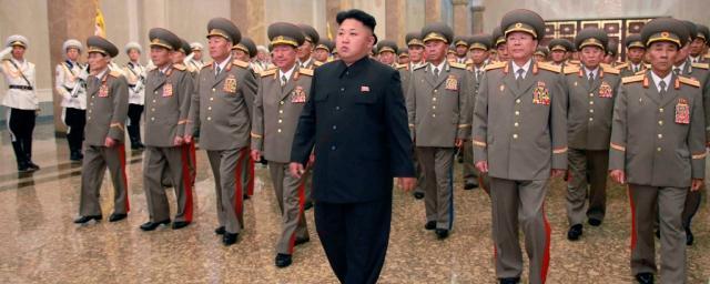 Ким Чен Ын сменил сразу троих представителей военного командования