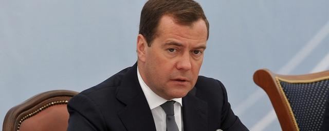 Медведев продлил срок получения доходов РФ по проекту «Сахалин-2»