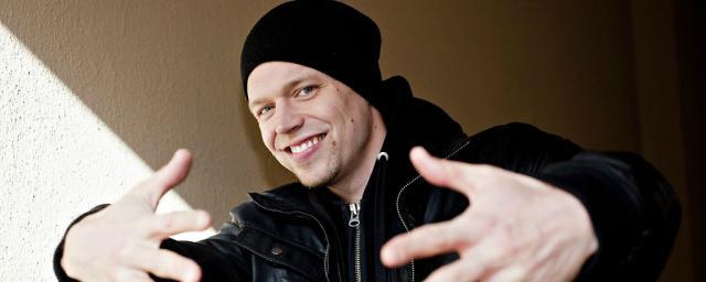 В Петербурге приедет первый в мире глухой рэпер Signmark