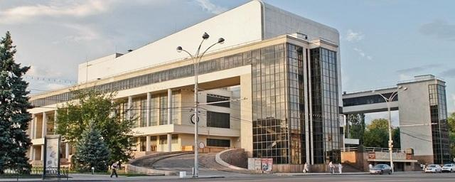 В Ростовском драмтеатре состоялась премьера спектакля «Цыган»