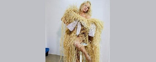 Памела Андерсон стала лицом британского бренда Vivienne Westwood