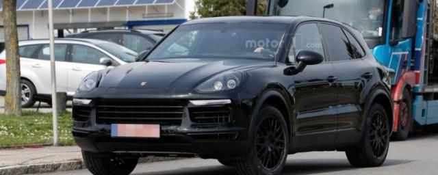 Porsche Cayenne 2018 замечен на дорожных тестах в Германии