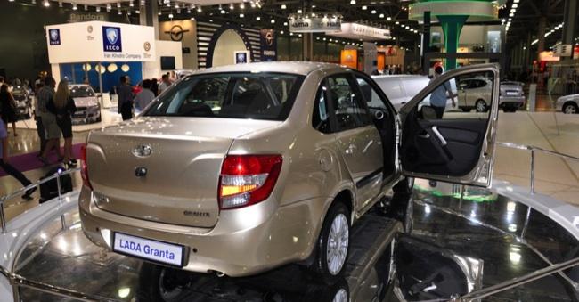 «АвтоВАЗ» отзывает более 30 тысяч своих машин