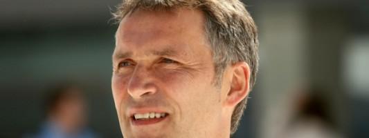 Генсек НАТО: На Украине продолжает нарушаться перемирие