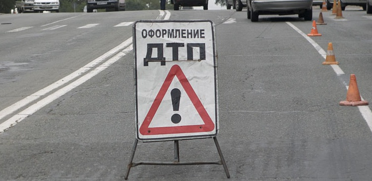 В тольятти нетрезвая автоледи на lada