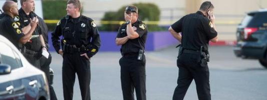 В Калифорнии угонщик-латиноамериканец застрелил двух помощников шерифа