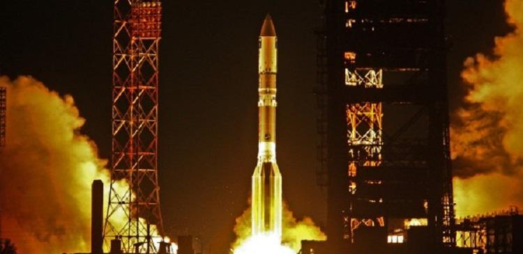 С Байконура стартовала ракета «Протон-М» со спутником «Экспресс AM6»