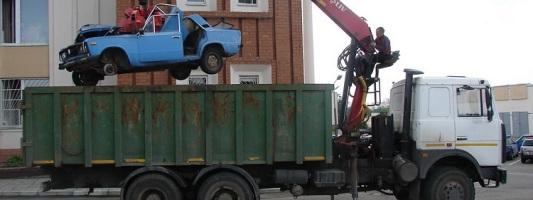 С улиц Сочи убрали более 500 бесхозных автомобилей
