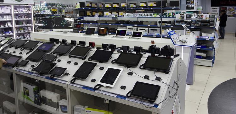 Магазинах дешевеет цифровая техника