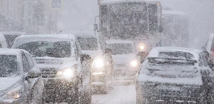 В москве интенсивность снегопада