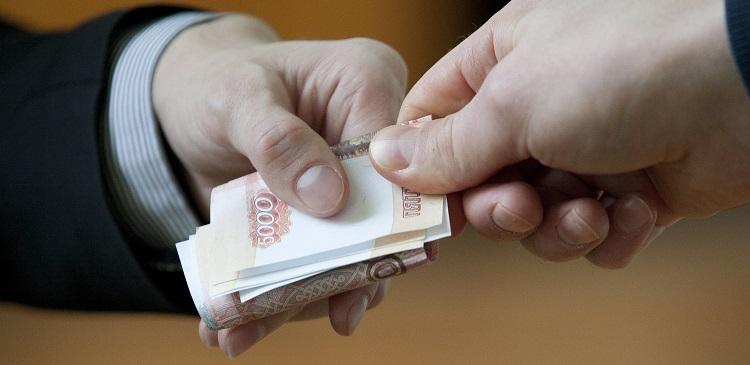 В Алтайском крае экс-начальника райотдела МВД будут судить за взятки