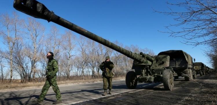 ДНР и ЛНР заявили о завершении отвода тяжелых вооружений на Донбассе