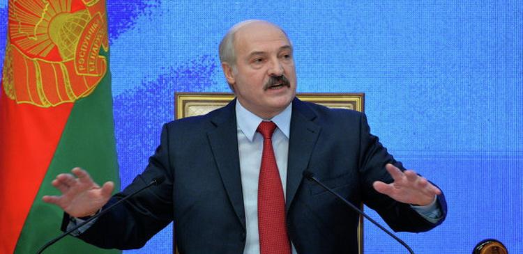Лукашенко не будет 9 мая в Москве из-за парада в Минске