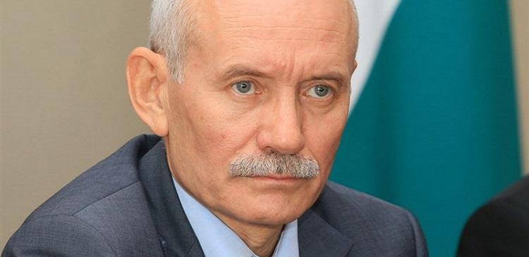 Глава Башкирии в 2014 году заработал 7,7 млн рублей