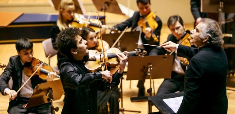 Россия и Азербайджан: На языке музыки