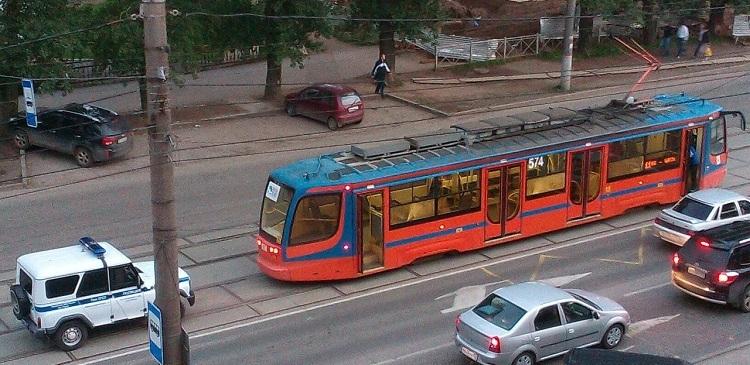 обстреляли трамвай